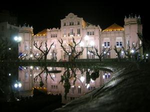 300px_Casino_Municipal_Huesca.jpg